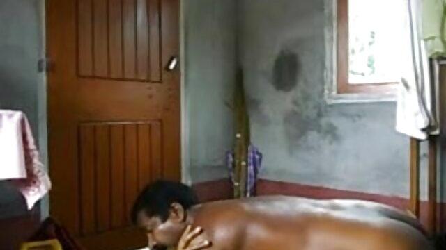छिपे हुए कैमरे बीएफ सेक्सी मूवी हिंदी एचडी में रूसी दंपति का प्रैंक फिल्मांकन