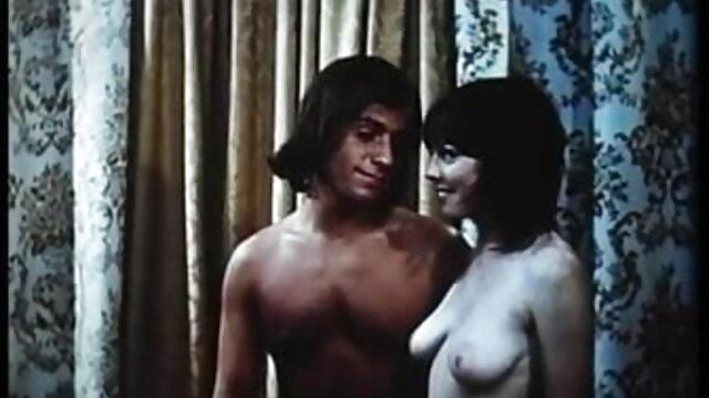गंजे बंपकिन अपनी प्रेमिका को शॉवर में हिंदी में सेक्सी मूवी एचडी जबरदस्ती ले गए