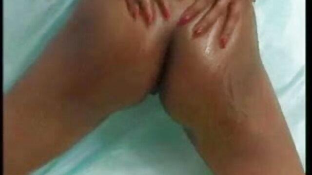 एक बहुत ही सेक्सी फिल्म फुल मूवी एचडी खूबसूरत लड़की के साथ शौकिया गुदा अश्लील