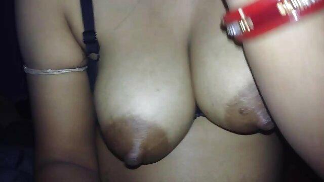 एक बस्टी सेक्सी हिंदी एचडी फुल मूवी एंटरटेनर के साथ मीठा कमबख्त