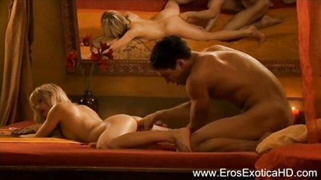 युवा लड़की ने बिस्तर पर लेटते हुए झटके हिंदी सेक्स वीडियो मूवी एचडी मारना रिकॉर्ड किया