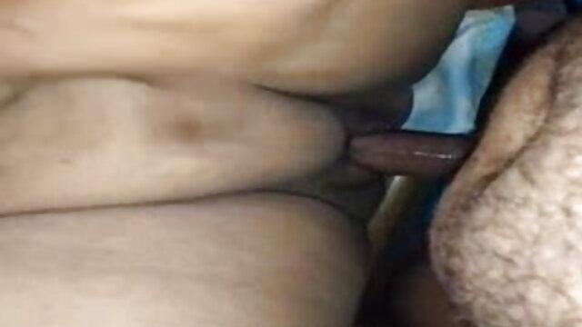 बड़े सेक्सी मूवी फुल एचडी स्तन वाली लड़की हर संभव तरीके से एक बड़ी डिक की सवारी करती है