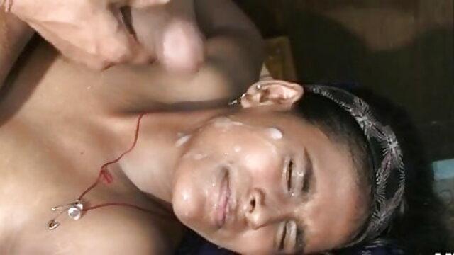 गर्मियों की छुट्टी के दौरान लेस्बियन लड़कियां सेक्सी मूवी फुल एचडी में