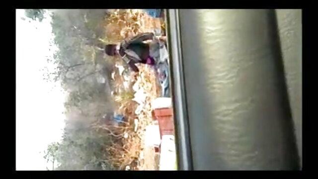लड़का घुंघराले लड़की को पीटता है सेक्सी फिल्म हिंदी फुल एचडी और पहले व्यक्ति में सेक्स करता है