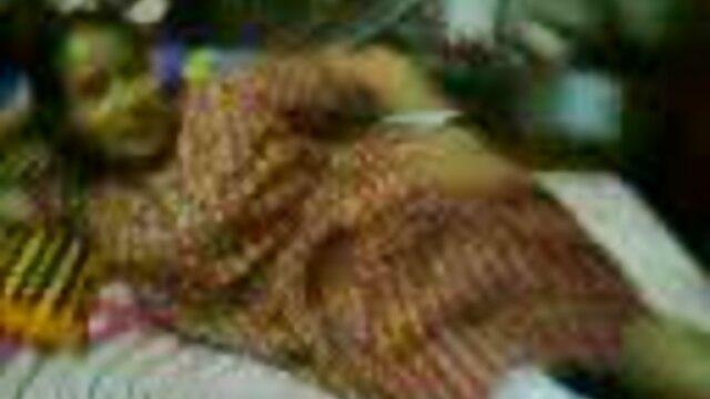 फट पैंटी में बेटे हिंदी मूवी फुल एचडी बीएफ की माँ की चुदाई