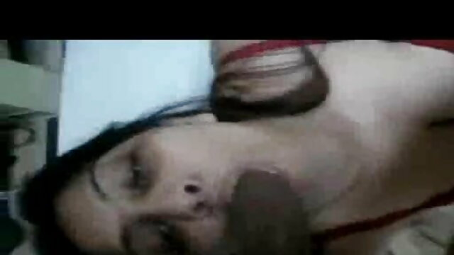 तीन ब्रूनेट विशाल डिल्डो हिंदी मूवी एचडी सेक्सी वीडियो के साथ अपने गधे को चीरते हुए
