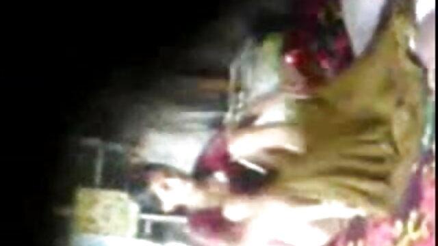 युवा लड़का एक टैक्सी में माँ गड़बड़ सेक्सी मूवी एचडी हिंदी