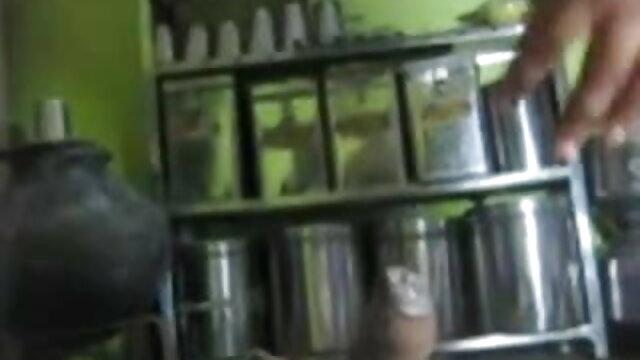 उस आदमी ने सेक्सी फिल्म हिंदी फुल एचडी श्यामला को बीमार बना दिया और गधे में गड़बड़ कर दिया