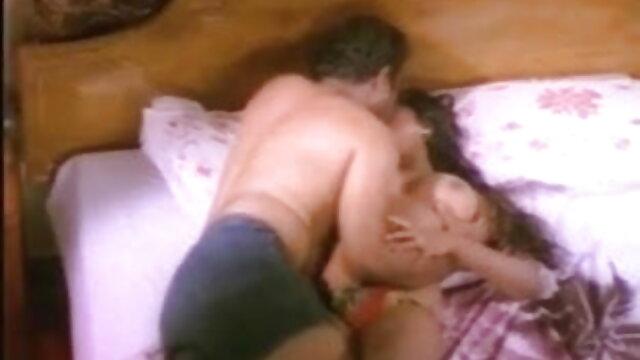 मोटा बीएफ सेक्सी मूवी फुल एचडी महिला कैम पर हस्तमैथुन करती है