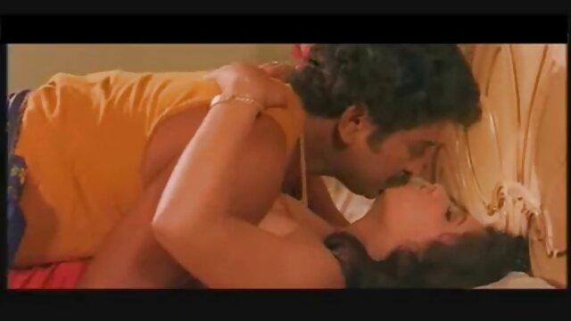 बहन के साथ अच्छी गुणवत्ता में शौकिया अश्लील सेक्सी फिल्म सेक्सी फुल एचडी