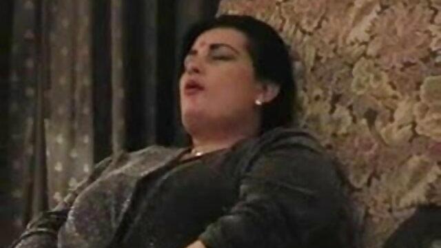 काले बड़े मुर्गा द्वारा गड़बड़ फुल एचडी सेक्सी फिल्म सफेद मोज़ा में श्यामला
