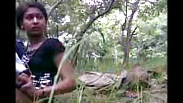 खेल प्रेमियों ने त्रिगुट बीएफ सेक्सी मूवी हिंदी एचडी सेक्स के लिए सेक्सी गोरा को बहकाया