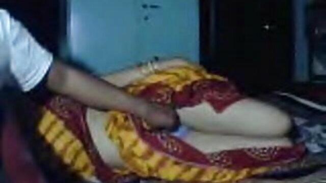 कॉल गर्ल हिंदी फिल्म सेक्सी एचडी में