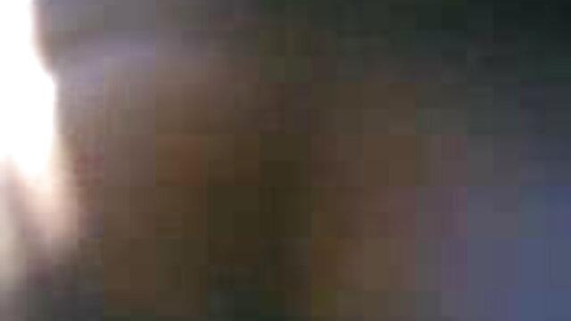लेस्बियन गार्डन हिंदी सेक्सी फुल मूवी एचडी में बकवास