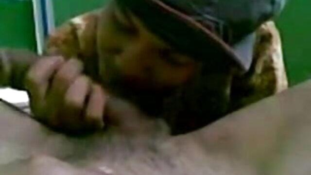 पूल के पास नग्न गोरा हिंदी सेक्स वीडियो मूवी एचडी बेब