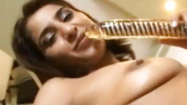 एक बलशाली लड़के के साथ सुंदर गोरे लोगों सेक्सी फुल एचडी मूवी का समूह ओरल सेक्स