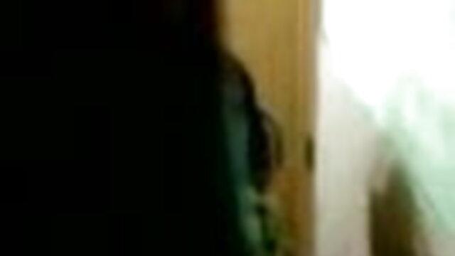 आराध्य लड़की बीएफ सेक्सी मूवी एचडी वीडियो से महान blowjob
