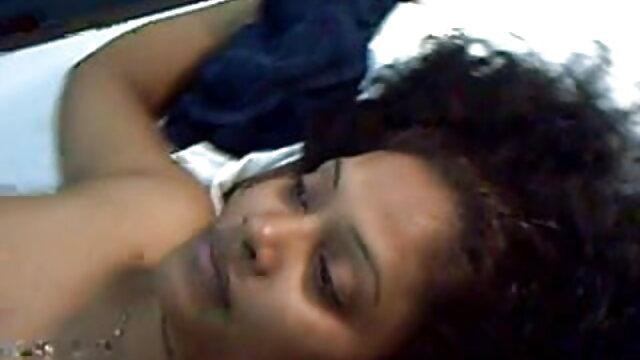बड़े स्तन हिंदी फिल्म सेक्सी एचडी में प्रेमी