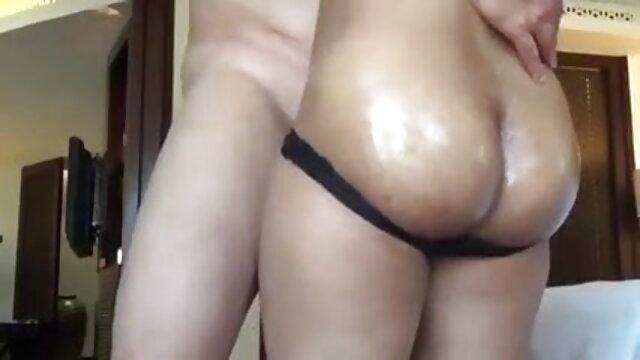 लड़की ने बीएफ सेक्सी मूवी फुल एचडी एक काले आदमी को स्ट्रैपआन के साथ गड़बड़ किया