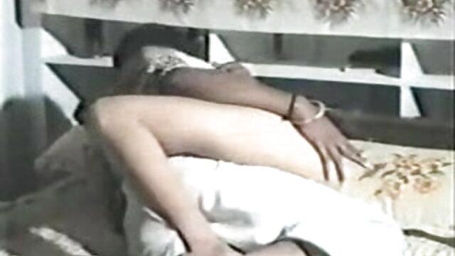 कास्टिंग पर गोरा उसकी चूत सेक्सी बीएफ एचडी मूवी में बहुत सारे ताजा शुक्राणु मिले