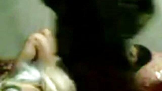 एजेंट ने एक तेजस्वी लड़की को कास्ट बीएफ सेक्सी मूवी एचडी में किया