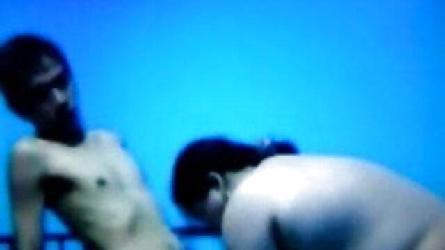 मीठी गोरी बूटी ने मस्त सींग का लंड हिंदी मूवी एचडी सेक्सी वीडियो लिया