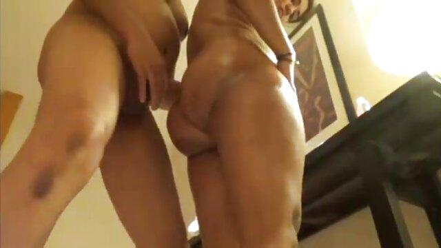 छोटे प्राकृतिक स्तनों के साथ संतुष्ट गोरा सेक्सी फिल्म फुल मूवी वीडियो एचडी के लिए क्रीमपाइ