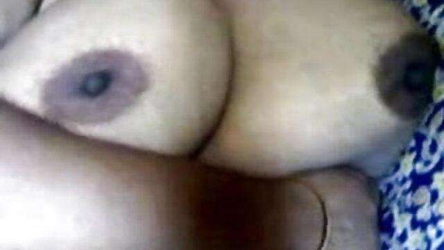 रूसी लड़की सेक्सी फिल्म फुल एचडी में अपने प्रेमी के सूजे हुए लंड को बड़े चाव से चूसती है