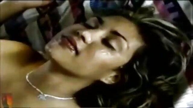 युवा युगल हिंदी में सेक्सी मूवी एचडी रोमांटिक सेक्स