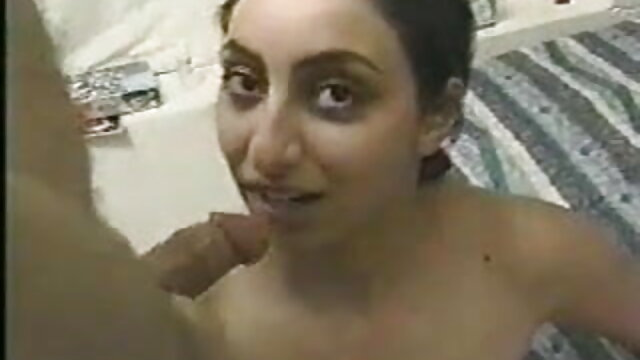 एक काले काले मुर्गा के साथ दो युवा वेश्या संतुष्ट थे फुल सेक्सी मूवी एचडी