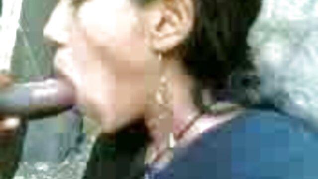 हॉट लेक्सी सेक्सी वीडियो एचडी हिंदी फुल मूवी डोना जानता है कि एक आदमी को कैसे खुश करना है