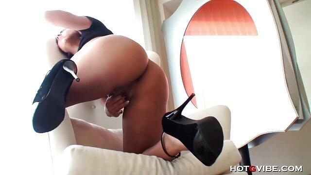 एक युवा सेक्सी वीडियो एचडी हिंदी फुल मूवी वेश्या एक बड़ा मुर्गा बेकार है