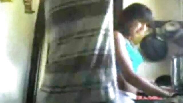 सुंदर लड़की ने एक आदमी को वीडियो कैमरे के सामने उसे चोदने के लिए कहा सेक्सी मूवी पिक्चर फुल एचडी