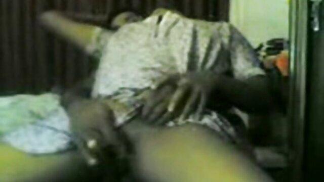 बस्टी सेक्सी वीडियो फुल मूवी एचडी अप्सराओं ने एक ब्यूटी सैलून में एक समलैंगिक नंगा नाच किया